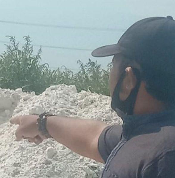 Limbah dari PT Ambico dan Centram yang diduga dibuang di TKD Desa Carat, Gempol, Pasuruan.