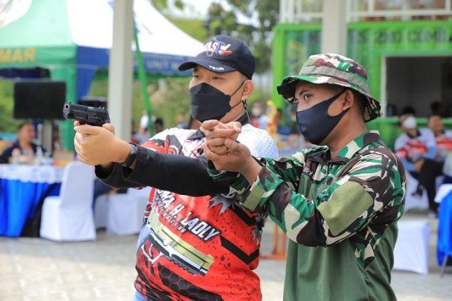 Kalapas Hingga Kakanim Adu Titis Tembak Pistol Eksekutif