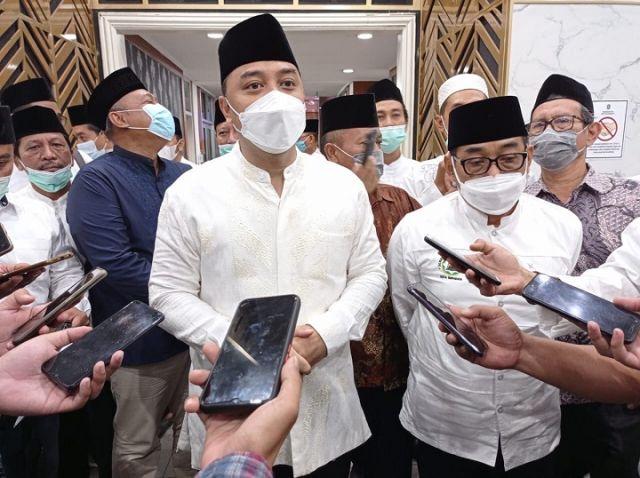 Sebagai Pusat Peradaban, Masjid di Surabaya Dilonggarkan untuk Tarawih