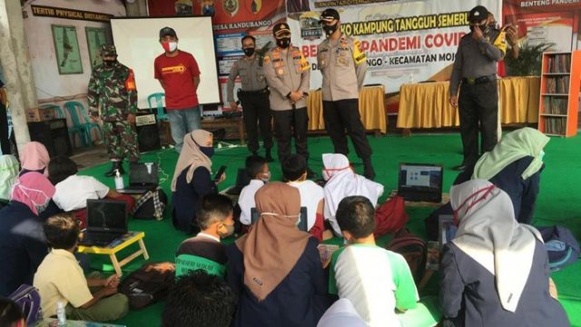 Rumah Pintar Tangguh di Mojokerto, Solusi Siswa Belajar Daring